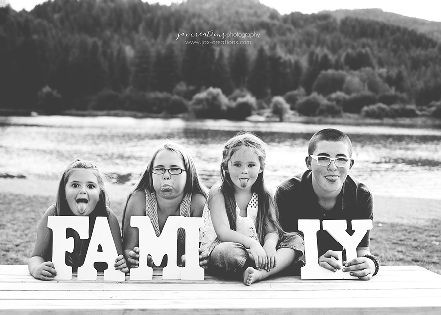 Jax Creations Photography, family, family photography, spirit lake idaho, coeur d'alene idaho, lake