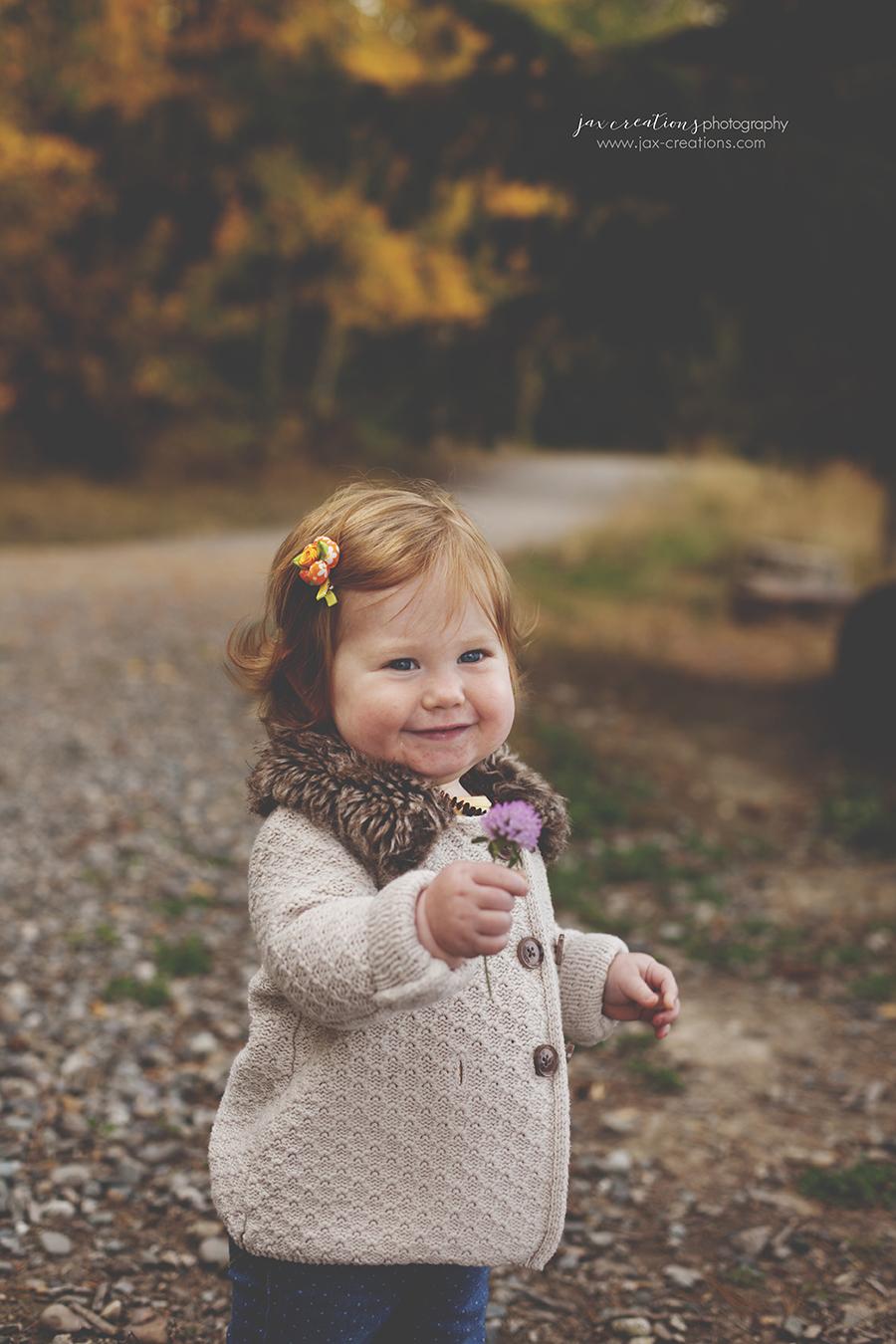 Jax Creations Photography, child photographer, sandpoint idaho, coeur d alene idaho, family, baby, toddler, family photographer