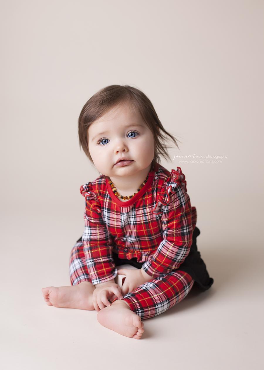 Jax creations photography, christmas, baby, santa baby, coeur d alene idaho, cda baby photographer