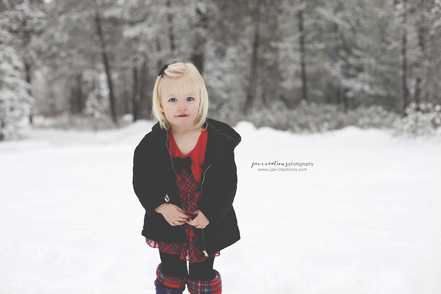 Jax Creations Photography, maternity, idaho, coeur d'alene idaho photographer, baby photographer, maternity photographer, winter, snow